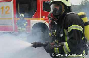 FW Dinslaken: Brand in leer stehender Industriehalle - Presseportal.de
