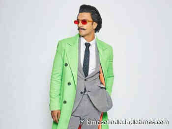 Quirky ways to wear neon like Bollywood men