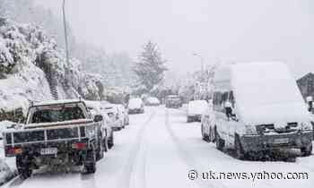 Spring storm brings snow to New Zealand's beaches and travel chaos