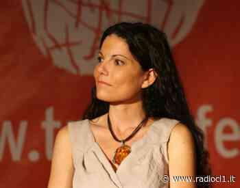 """""""In trincea per amore"""", per il ciclo """"Caltanissetta città che legge"""" il volume di Angela Iantosca su famiglia e dipendenze - Radio CL1 - Radio CL1"""