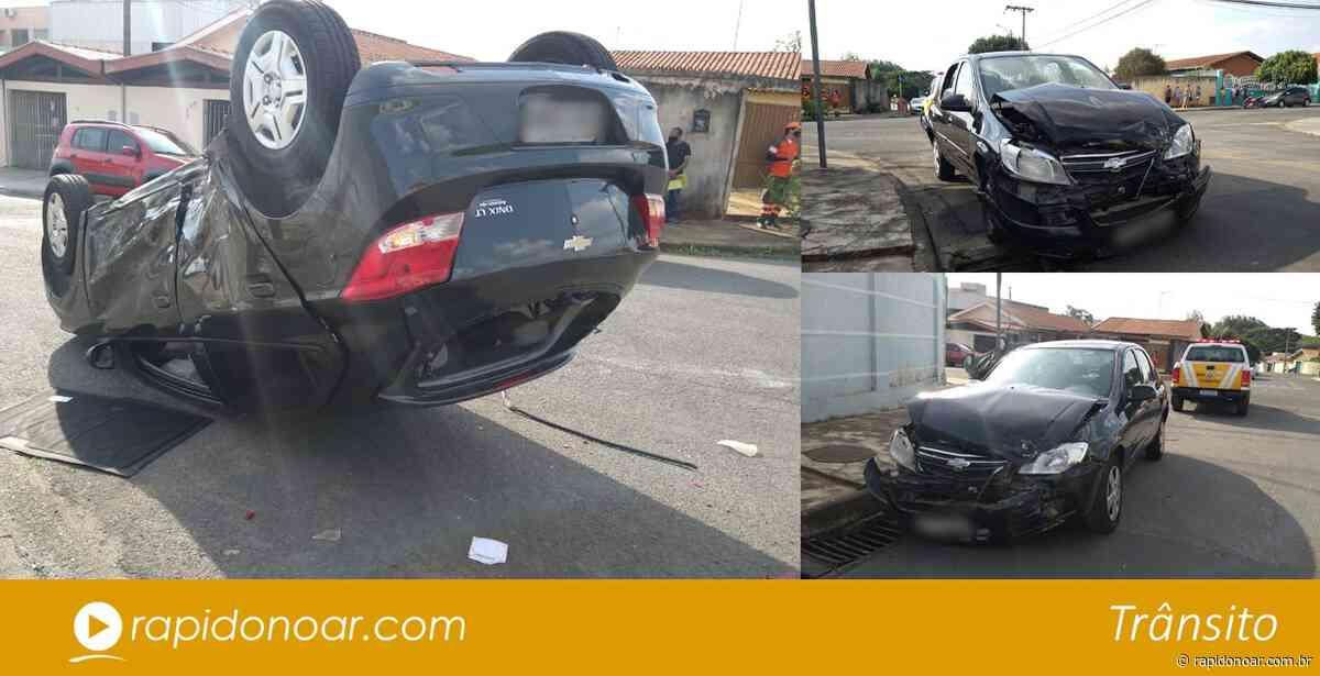 Carro capota após acidente no Jardim Arruda em Limeira - Rápido no Ar