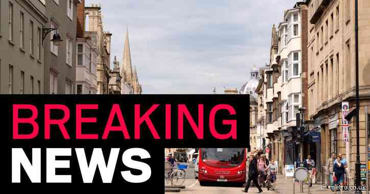 Naked and muddy toddler 'found wandering alone around Oxford city centre'