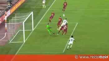 Os anos não passam por Cristiano Ronaldo: mais um golo após salto monstruoso - Record