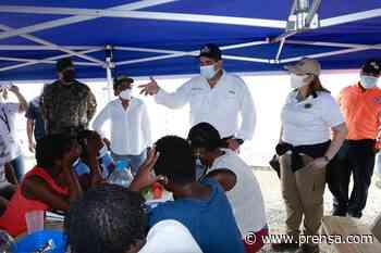 Trasladan a 30 familias migrantes a nuevo campamento en Metetí de Darién - La Prensa Panamá