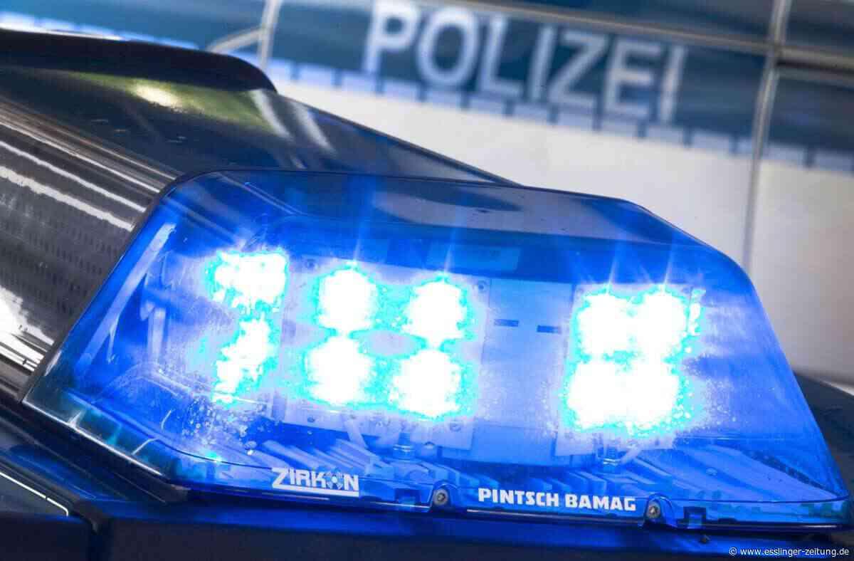 Kirchheim unter Teck: Eine Verletzte und 8000 Euro Schaden nach Kollision auf Kreuzung - esslinger-zeitung.de
