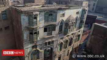 Pakistan to save ruined homes of Bollywood greats in Peshawar