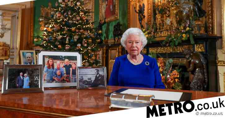 Queen 'furious' after staff refuse to stay in her Covid bubble over Christmas