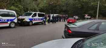 Yvelines. Vaux-sur-Seine : la police déloge les teufeurs de la forêt - actu.fr
