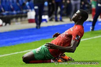 """KV Oostende-spits Gueye geschorst na vijfde (!) gele kaart: """"Beter zo dan steeds opzijgezet te worden"""""""