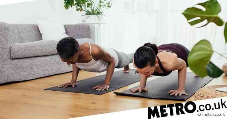 Simple moves to work your core and build abs at home