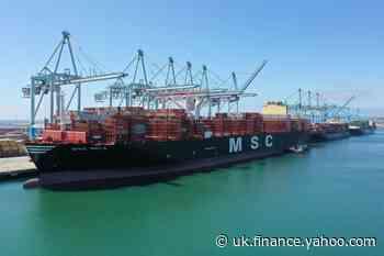 U.S. goods trade deficit rises; inventories increase