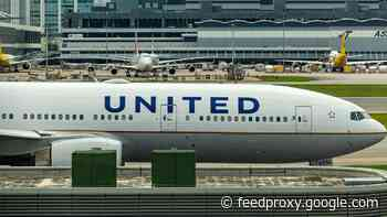 United Airlines reaches deal with pilots, avoids furloughs