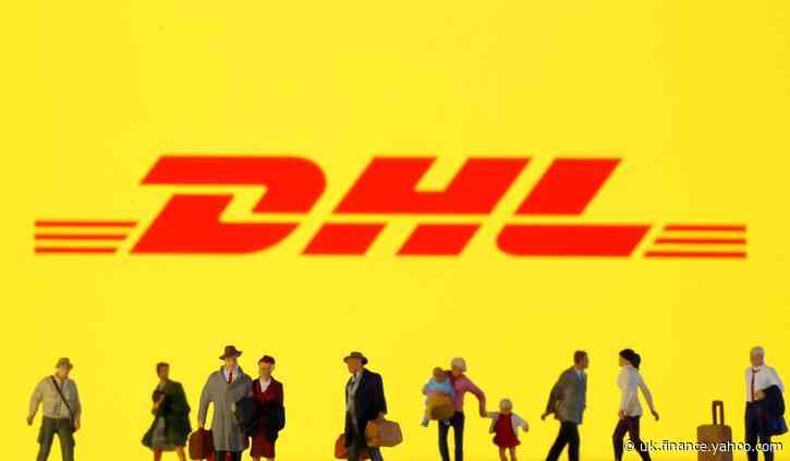 DHL to charge 5 euro surcharge for UK shipments from 2021