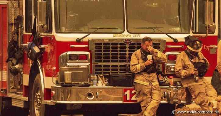 Mindestens drei Tote bei Waldbränden in Kalifornien