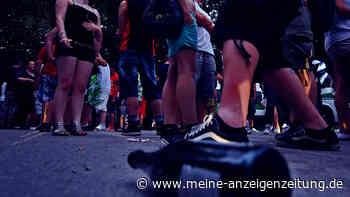 Trotz Corona: Jugendliche feiern illegale Party unter Autobahnbrücke - Polizei muss einschreiten