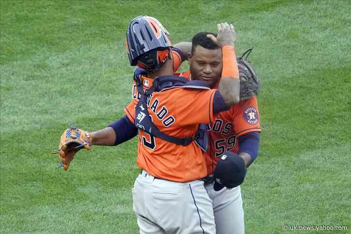 Astros win 4-1 in Game 1; Twins' record losing streak at 17