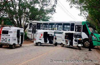 Bloquean vecinos de San Martín y Montoya la capital - Diario Marca de Oaxaca