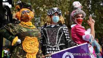 'Panto parade' highlights plight of arts venues