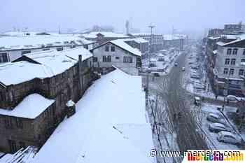 Foto | Salju Pertama Musim Dingin Guyur Srinagar | merdeka.com - merdeka.com