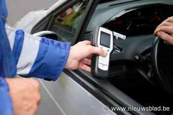 Twee beschonken bestuurders tijdens alcoholcontrole