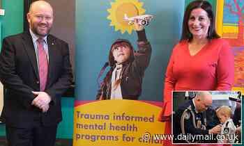 Bushfire hero Shane Fitzsimmons tackles trauma in children amid the COVID-19 pandemic