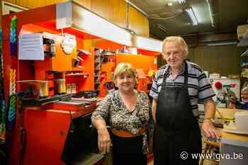 """80-jarige schoenmaker Staf sluit zaak na maar liefst 57 jaar: """"Ik ga nog wat genieten van het leven"""" - Gazet van Antwerpen"""