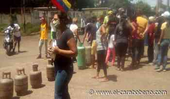 Vecinos de Valle de la Pascua trancaron las calles con bombona en mano - El Carabobeño