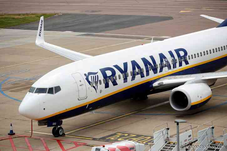 Ryanair to shut Shannon, Cork bases until April unless Ireland loosens travel curbs