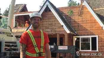 Vancouver crew 'unbuilds' home in record time, as it aims to offset demolition waste