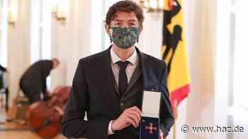 Verdienstkreuz für den Virologen: Bitte mehr Drostens