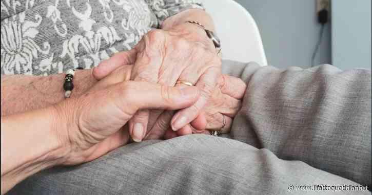 """Giornata internazionale delle persone anziane, Mattarella: """"Ci ricordano le radici. Il Covid ha colpito sopratutto loro, lo strazio maggiore"""""""