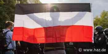 Neuer Erlass: Schwenken von Reichsflaggen in Niedersachsen verboten