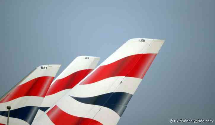 Shareholders in BA owner IAG back rights issue