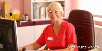 Ärztin Heide Simon aus Merseburg geht mit 80 Jahren in den Ruhestand - Mitteldeutsche Zeitung