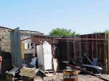 Vecinos afectados por la turbonada del sábado en Santa Bernardina y Las Violetas recibirán ayuda - El Acontecer Diario