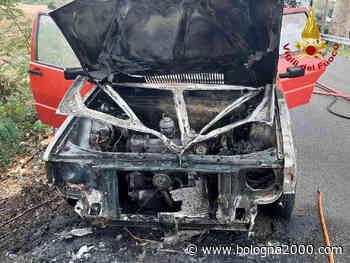 Auto alimentata a GPL in fiamme a Molinella - Bologna 2000
