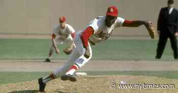 Bob Gibson, Feared Flamethrower for the Cardinals, Dies at 84