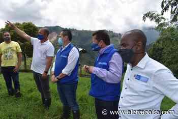 Reparan a víctimas en Heliconia, Antioquia con fincas de exjefes paramilitares - Alerta Paisa