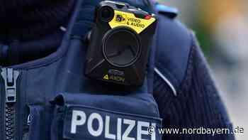 Gegenstand durchschlägt Fahrzeugscheibe: Kripo ermittelt in Franken - Nordbayern.de