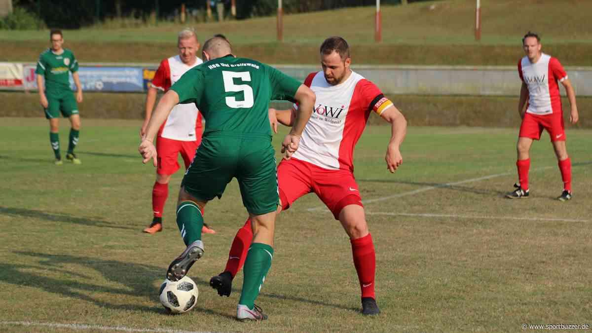 Nach spielfreiem Wochenende: FC Rot-Weiß Wolgast ist wieder am Ball - Sportbuzzer