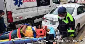 ¡Embestidos por un tráiler en Oluta! - Vanguardia de Veracruz