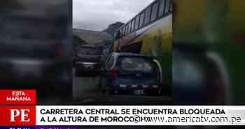 Manifestantes bloquean la Carretera Central a la altura de Morococha - América Televisión