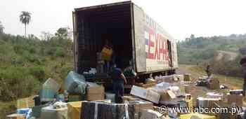 Desvalijan camión repleto de mercaderías en Yataity del Norte - Nacionales - ABC Color