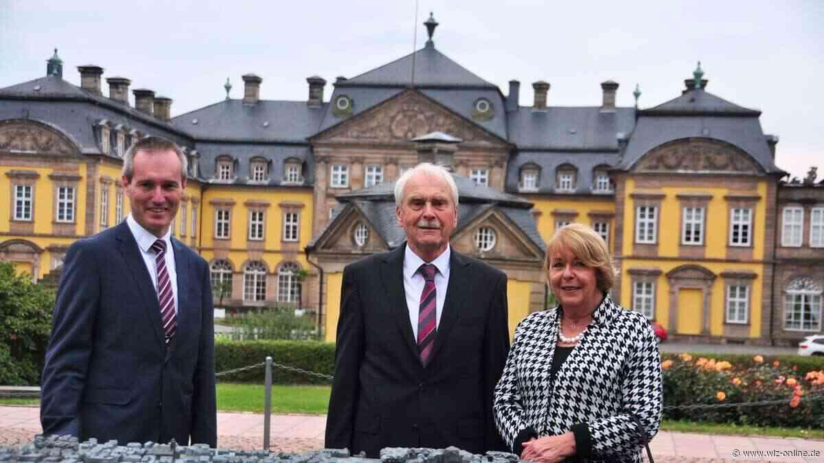 Höchste Auszeichnung der Stadt Bad Arolsen für Rolf Crone - wlz-online.de