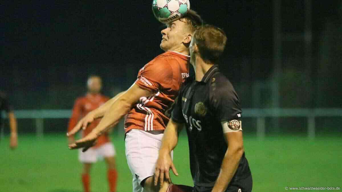 Fußball: TSV Straßberg gewinnt gegen FC Ostrach mit 2:0 - Fußball - Schwarzwälder Bote