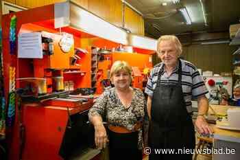 """80-jarige schoenmaker Staf sluit zaak na maar liefst 57 jaar: """"Ik ga nog wat genieten van het leven"""" - Het Nieuwsblad"""