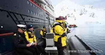 MS Roald Amundsen im Eis getauft - travelnews.ch - travelnews.ch