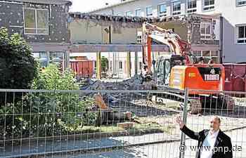 Die alte Schul-Aula verschwindet - Tittling - Passauer Neue Presse