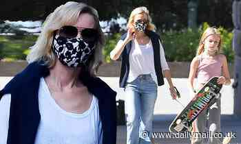 Naomi Watts and son Kai take dog for a walk in New York - Daily Mail