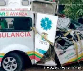 Un muerto y tres heridos tras volcarse ambulancia del hospital de Simití - El Universal - Colombia